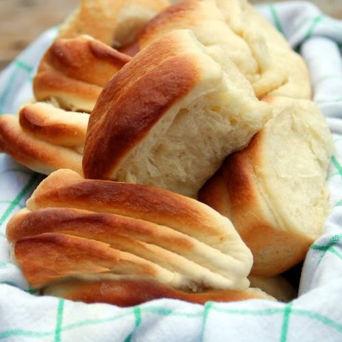 Parker House Rolls Recipe from dineanddish.net