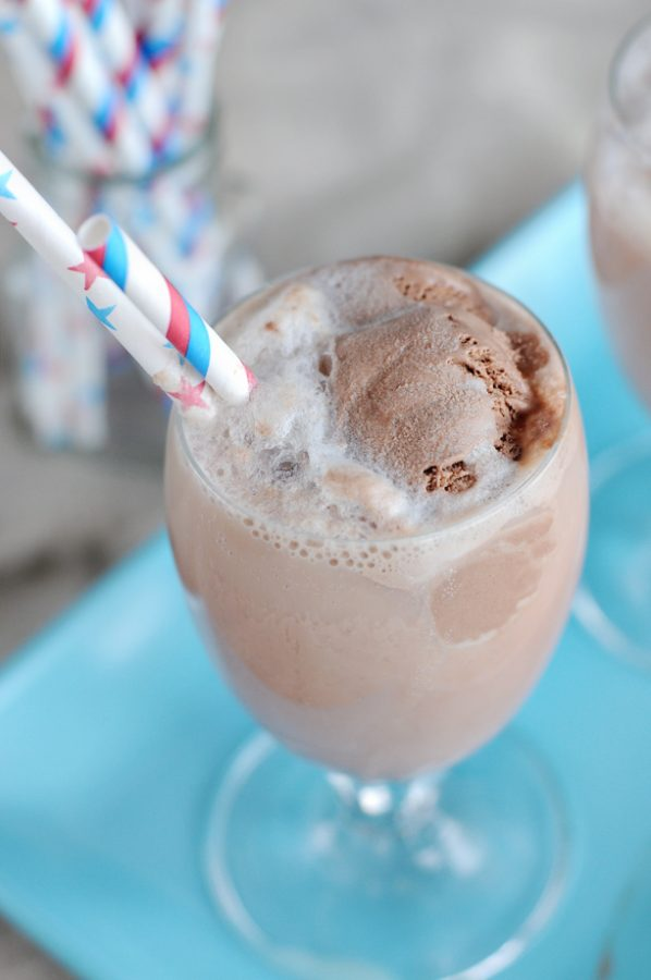 Old Fashioned Egg Cream Float