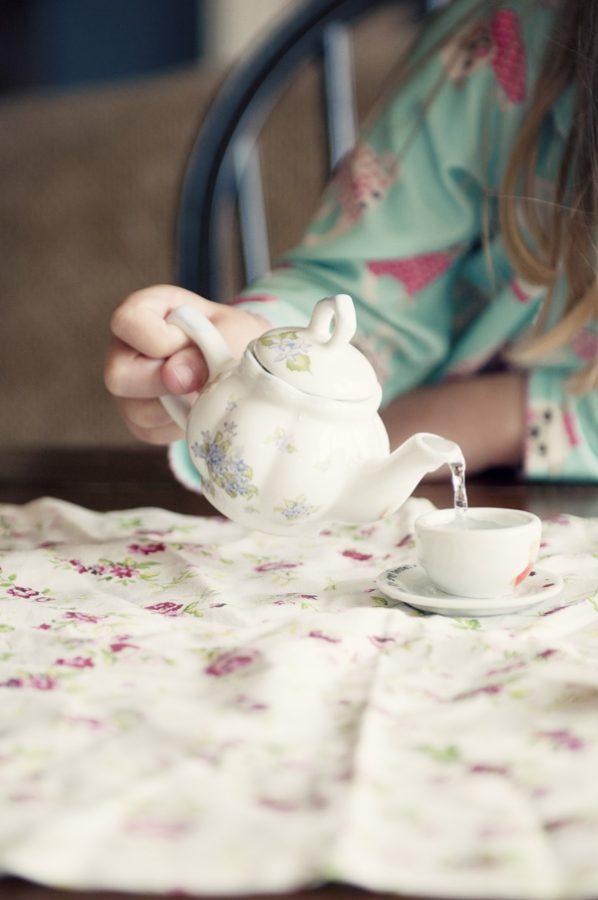 Leah tea party tea pot