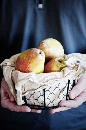 Harry and David Organic Royal Riviera Pear Giveaway