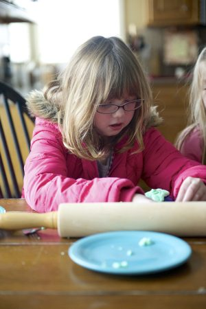 Ella Doyle Making Gak Indoor Boredom Buster for Winter