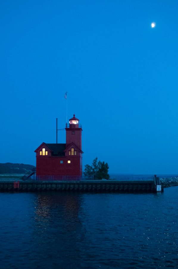 Big-Red-Lighthouse