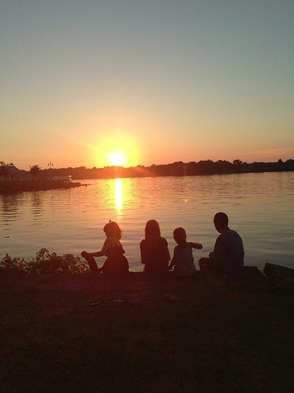 Sunset-Kids