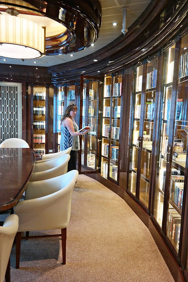library on the regal princess cruise ship